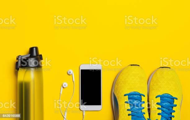 Flache Legen Aufnahme Von Sportausrüstung Stockfoto und mehr Bilder von Abnehmen
