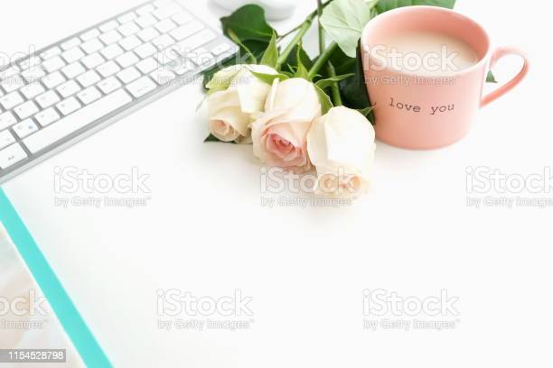 Flat lay womens office desk female workspace with laptop flowers pink picture id1154528798?b=1&k=6&m=1154528798&s=612x612&h=yege0fdia5gjhf1hspmag8o0kqyapjwb uhxkq0ondy=