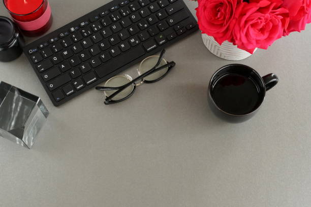 Flat lay womens office desk female workspace with laptop red roses picture id1159842805?b=1&k=6&m=1159842805&s=612x612&w=0&h=pdo 6aw9qkbwzk4onnlrb6mqwc3 dqlha7vce0kzcje=