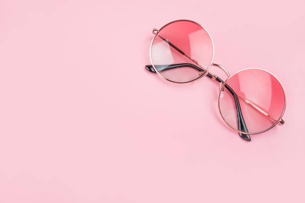 flatlay com óculos de sol - óculos escuros acessório ocular - fotografias e filmes do acervo