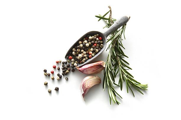 flavouring: rosemary, pepper and garlic - tane biber stok fotoğraflar ve resimler