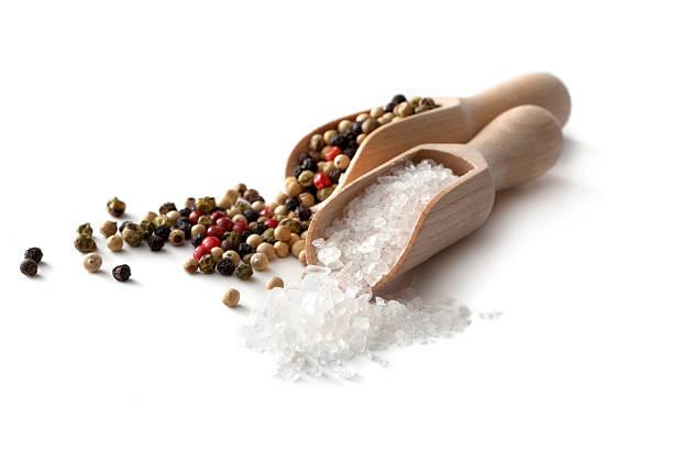 środek aromatyzujący: sól i pieprz - sól przyprawa zdjęcia i obrazy z banku zdjęć