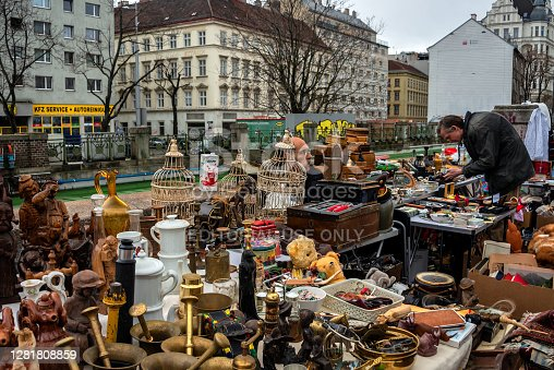 Saturday is a flea market at Naschmarkt area in Vienna. Local people and lots of tourists visit the market and looking for bargains and antique stuff.