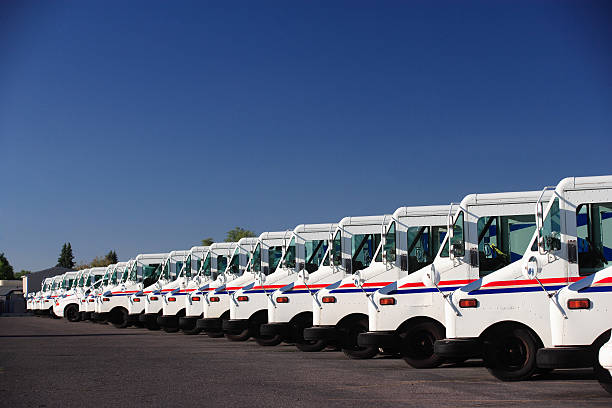 fleet vehicles - mail stock photos and pictures