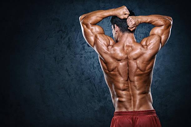 Cтоковое фото Демонстрировать мускулы