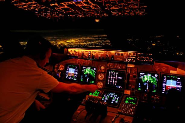 뉴욕 위에 보잉 747-400의 비행 갑판 - 조종석 뉴스 사진 이미지