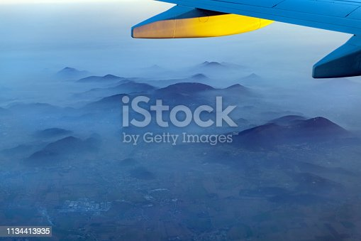 Flight of the plane and the evening flight over Italy,Nikon D850