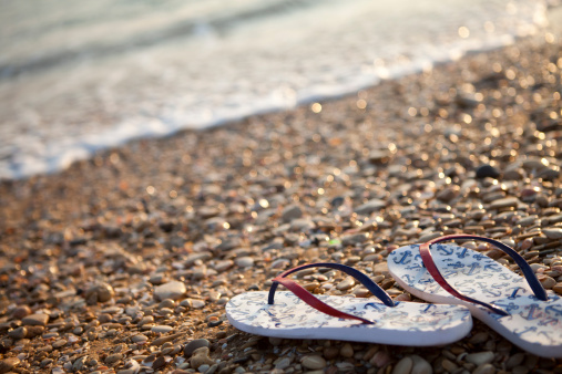istock Flip-flops Against The Sea 174868610