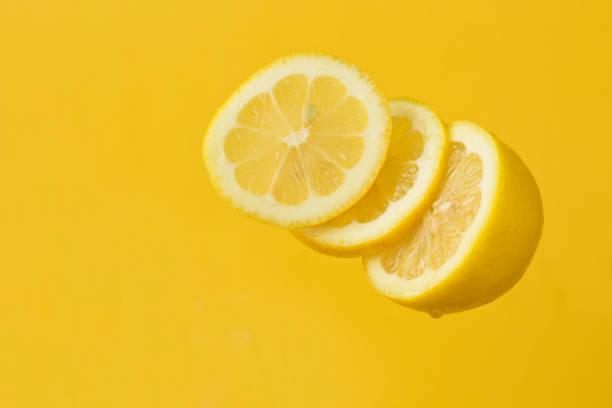 Floating Lemon Slices