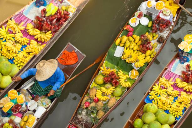 floating market thailand bangkok floating market bangkok thailand thailand stock pictures, royalty-free photos & images