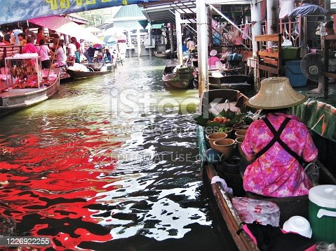 Khlong Lat Mayom Floation Market in Bangkok,Thailand, 03/04/2012 : Floating weekend market a lot of tradition foods selling on boats