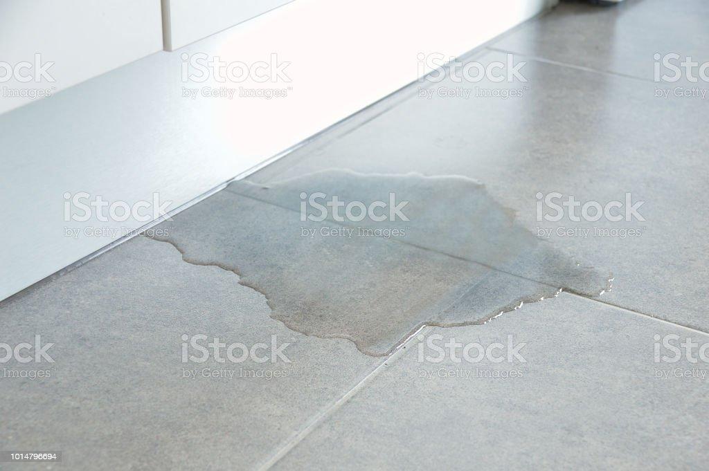 in meinem Haus zu überfluten – Foto