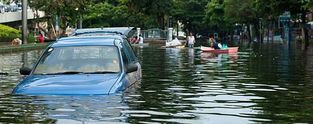 überschwemmung - kinderlandverschickung stock-fotos und bilder