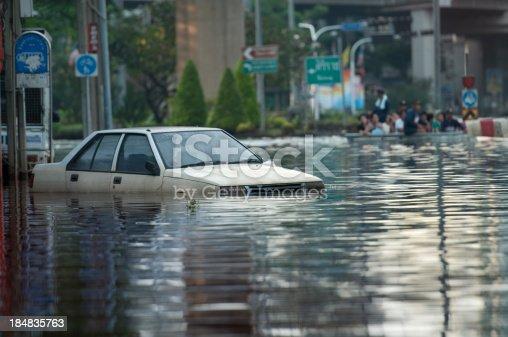 istock Flooded Car 184835763