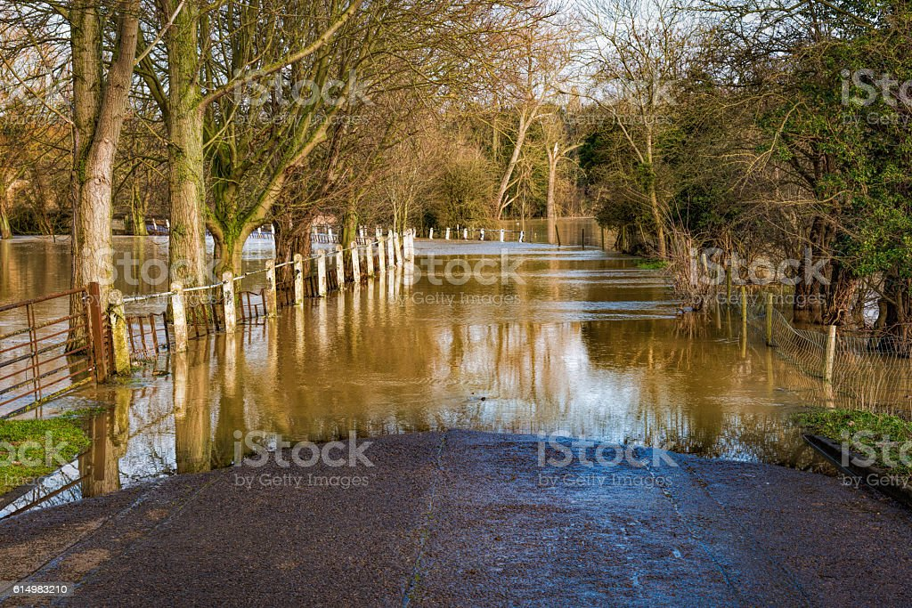 Flooded country road by the river – Foto