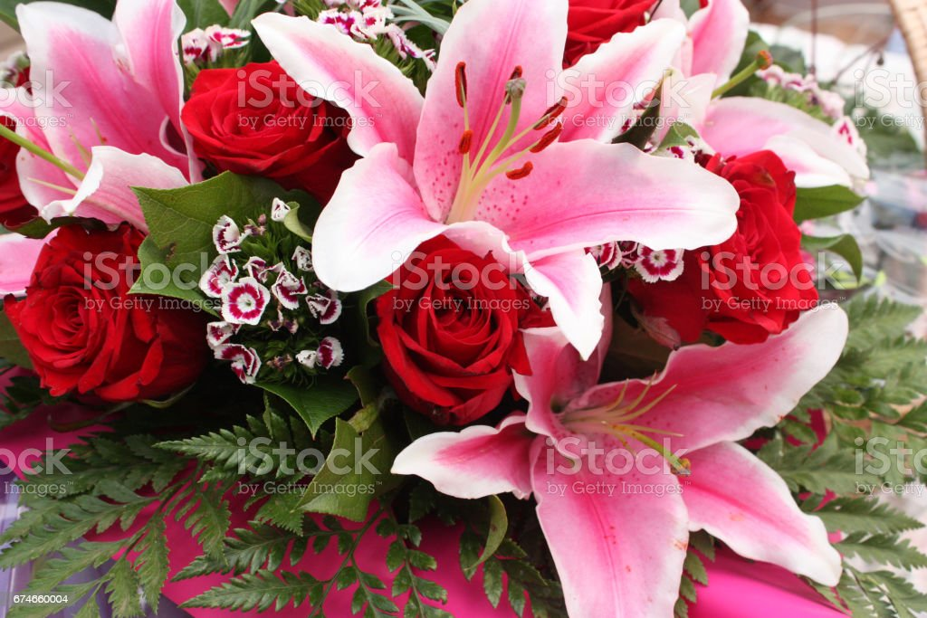 Royalty Free Bouquet De Rose Rouge Pictures Images And Stock Photos