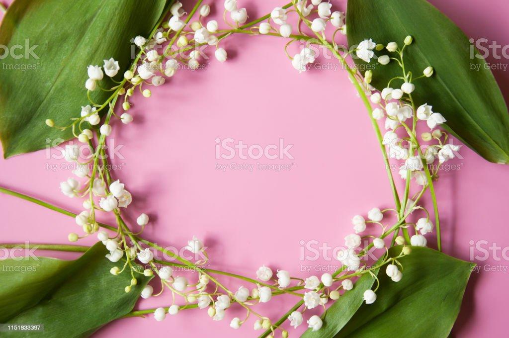 Blumrosafarbener Hintergrund Mit Frischen Blumen Lilien Des