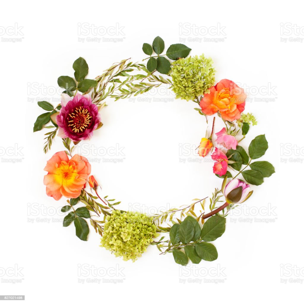 Floral round crown with flowers and leaves flat lay top view mothers floral round crown wreath with flowers and leaves flat lay top view izmirmasajfo