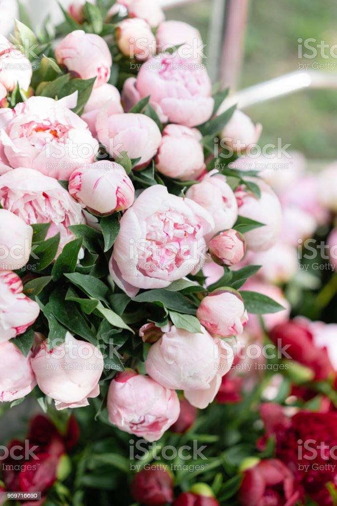Blumen Shop Schöner Blumenstrauß Von Verschiedenen Sorten