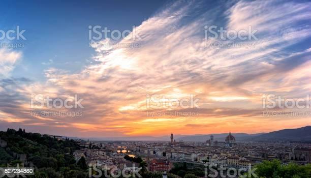Florence at sunset picture id827234860?b=1&k=6&m=827234860&s=612x612&h=gvnrtore6nzmlqys5lzmz9a7kss4mh3c5qjfj8rgc3a=