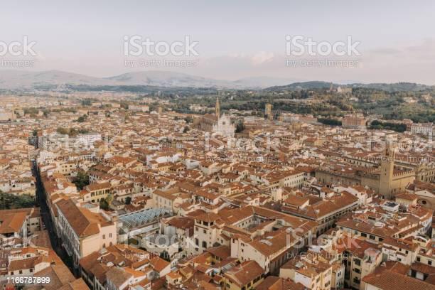 Florence cityscape aerial view picture id1166787899?b=1&k=6&m=1166787899&s=612x612&h=wjxj45rtlk0n3u6bhsml pjtlhsbcqirm62lnxzikr0=