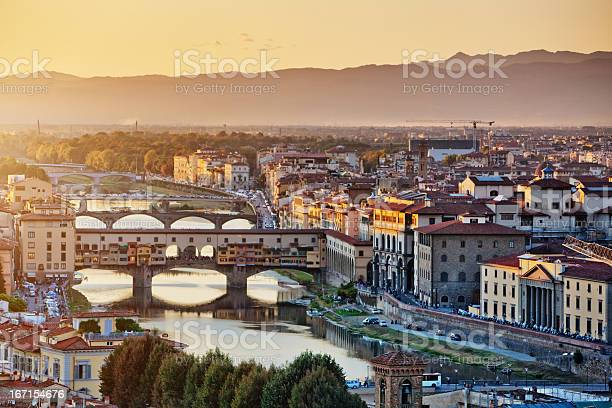 Florence cityscape at the evening italy picture id167154676?b=1&k=6&m=167154676&s=612x612&h=uodktsef56ruxlkq8ty tlgf0f rr5upcqx0ortcktg=