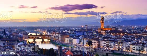 Florence cityscape italy picture id849715560?b=1&k=6&m=849715560&s=612x612&h=yjlzwhojrrlu bcccgnds7oju20s2cr upvmkgjtso0=