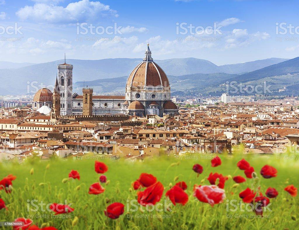 Duomo de Florencia, y Giotto'Campanile. - foto de stock
