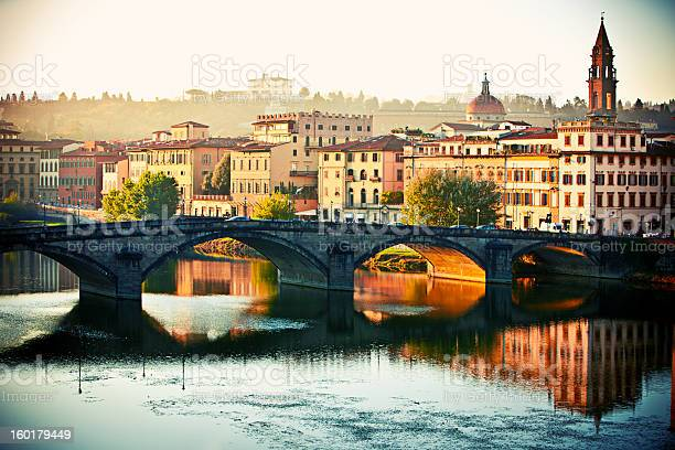 Florence in the morning italy picture id160179449?b=1&k=6&m=160179449&s=612x612&h=feusouvbqarcsf52gcuubtmm3 qnra dviu7kw1hodk=