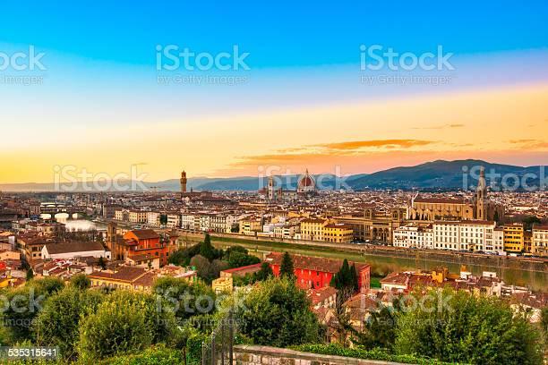 Florence picture id535315641?b=1&k=6&m=535315641&s=612x612&h=nifdbggp096mfplaofibhta9hkaec mjv64117rdj98=