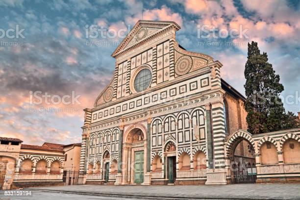 Florence tuscany italy basilica of santa maria novella picture id833159194?b=1&k=6&m=833159194&s=612x612&h=n6efnvts4mlsvunzqbgjwx5mtlwqq b2dbcj06ozqvm=