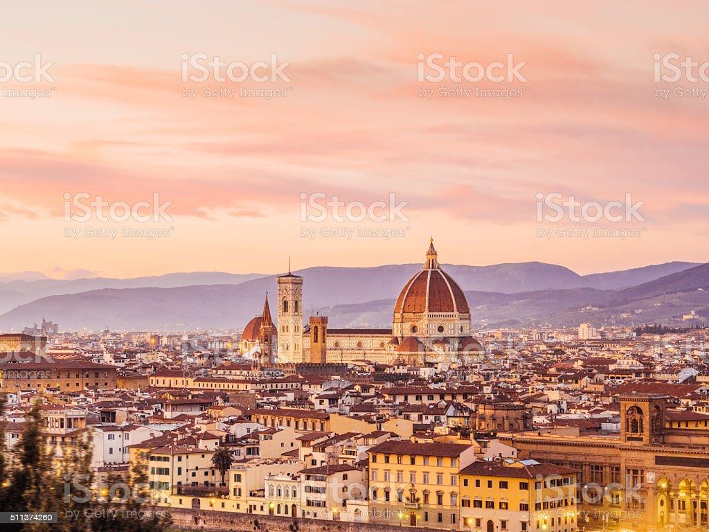 Von Florenz Kathedrale und die Skyline bei Sonnenuntergang – Foto