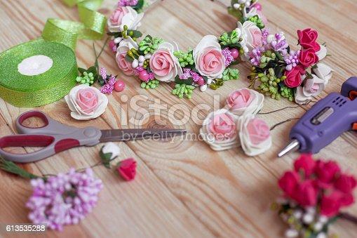 istock floristry handmade 613535288