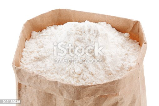 912671588istockphoto flour in Kraft paper-pack without labels 925435936