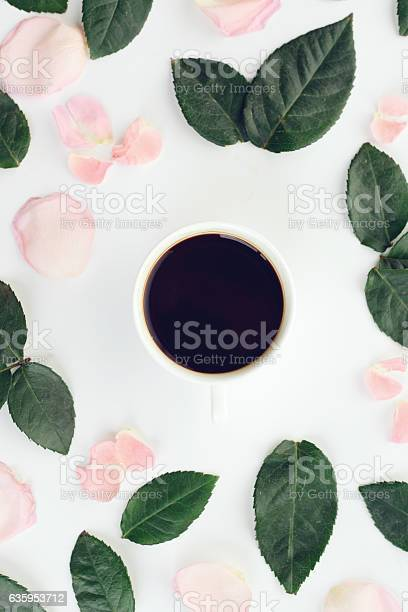 Flower and cup of coffeecomposition flatlay picture id635953712?b=1&k=6&m=635953712&s=612x612&h=jpcn9riyyi7jpziw4bmhenkd1mwf2gyc3zw6zi6hplc=