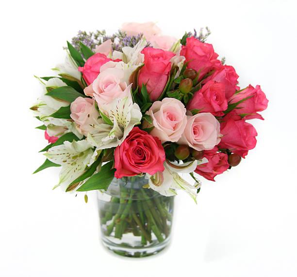 Flower and rose arrangement upright in a glass vase picture id157640427?b=1&k=6&m=157640427&s=612x612&w=0&h=s4 nahvhv6kanvmatamc0nvuo kqzzzsjyv3pwcimvu=