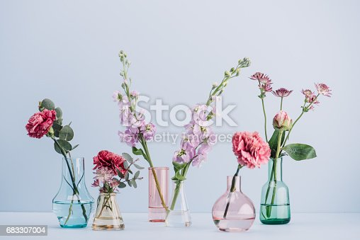 Flower arrangement in pastel