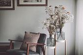 istock Flower arrangement 1285437372