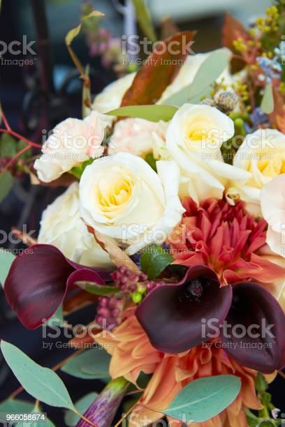 Blumenschmuck Stockfoto und mehr Bilder von Arrangieren