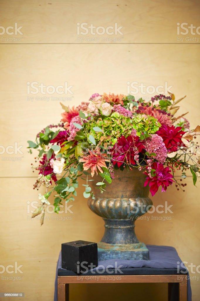 Flower arrangement - Стоковые фото Без людей роялти-фри