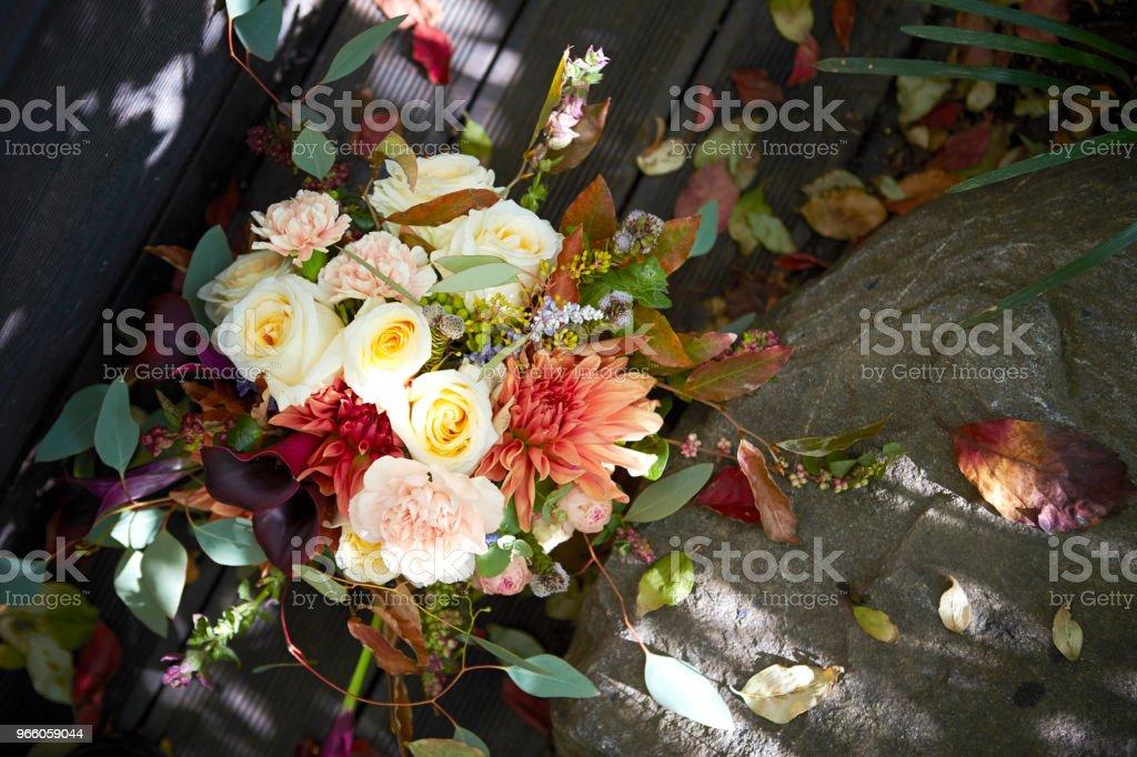 Цветочная композиция - Стоковые фото Без людей роялти-фри