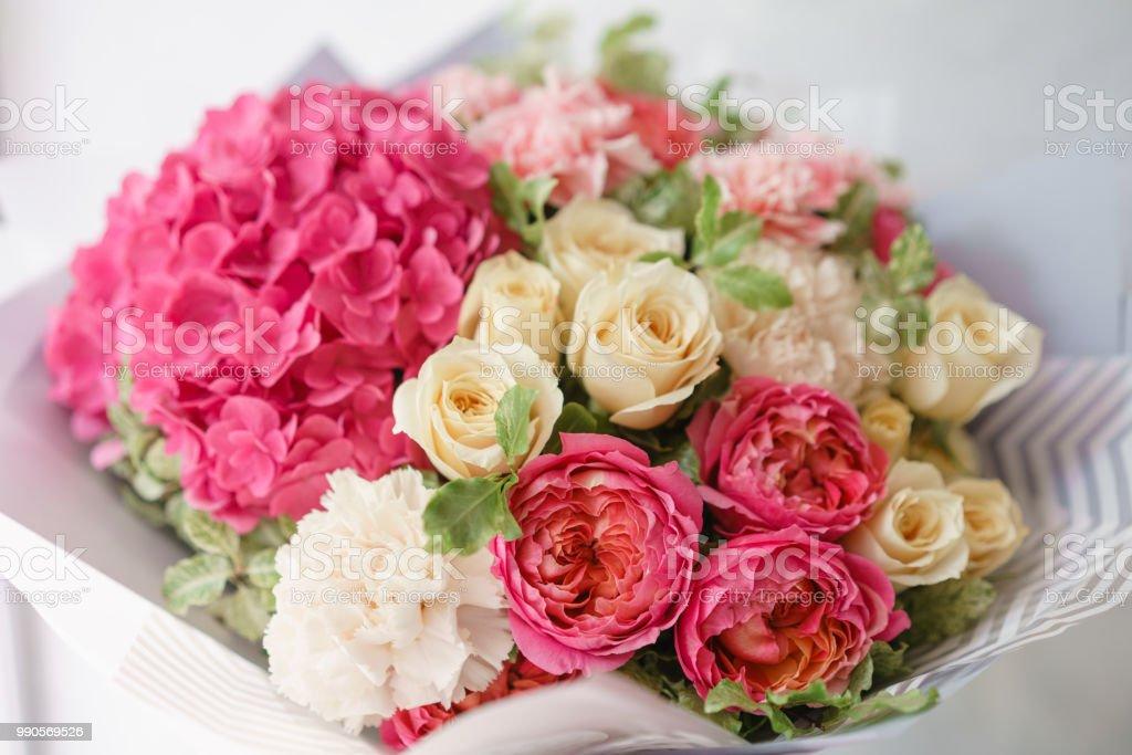 Arreglo Floral Con Hortensia Bouquet De Verano Hermoso Color