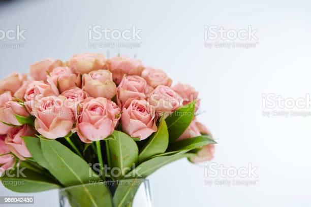 Flower Bouquet - Fotografias de stock e mais imagens de Artigo de Decoração