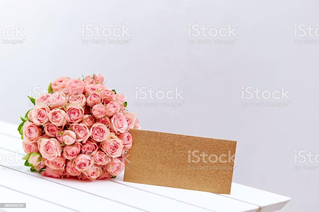 Flower bouquet with envelope - Royalty-free Beauty Stock Photo