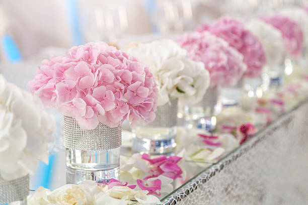Flower decoration on the wedding table picture id627201818?b=1&k=6&m=627201818&s=612x612&w=0&h=g4iemzb7ulq sbhmmx3sf d mhg64koynackga4hdj8=