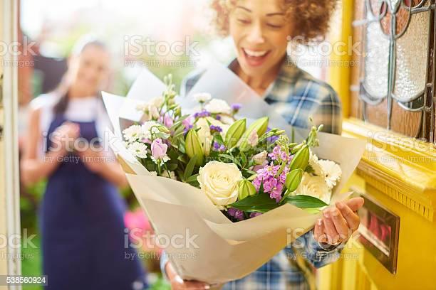 Flower delivery picture id538560924?b=1&k=6&m=538560924&s=612x612&h=mewnbcrwxdnwwewu5wftnmsr3bup5mmur7t7dltmmj4=