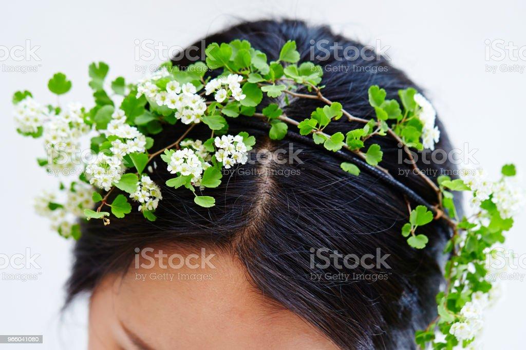 Цветочные волосы аксессуар - Стоковые фото Венок роялти-фри