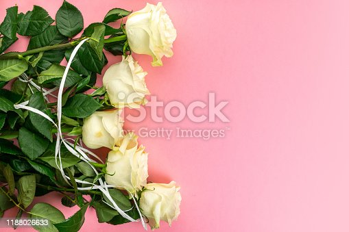 istock Flowers and leaves. Festive English rose composition. Overhead t 1188026633