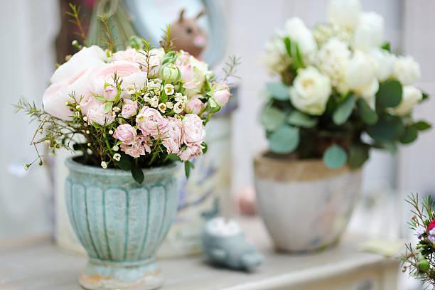 blumen blumensträuße in der flower shop - schmuck engel stock-fotos und bilder