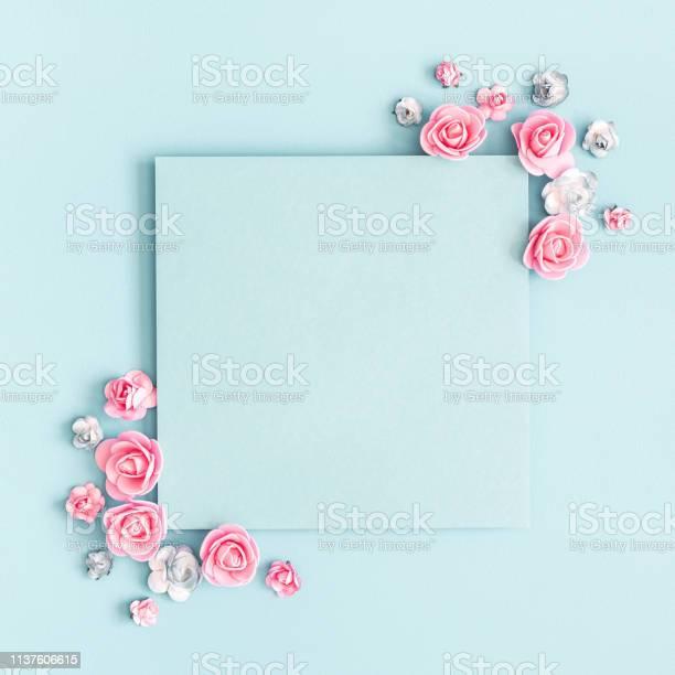 Flowers composition paper blank pink flowers on pastel blue flat lay picture id1137606615?b=1&k=6&m=1137606615&s=612x612&h=h52lnhe ssiluhh58v 5i4awf2rlvyakhgjlofqsoe0=